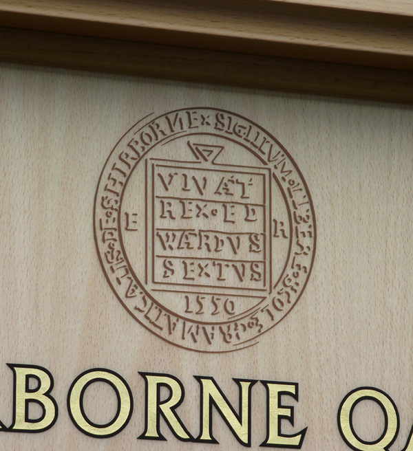 The design of the Sherborne School logo is based upon the 16th century Governors' seal